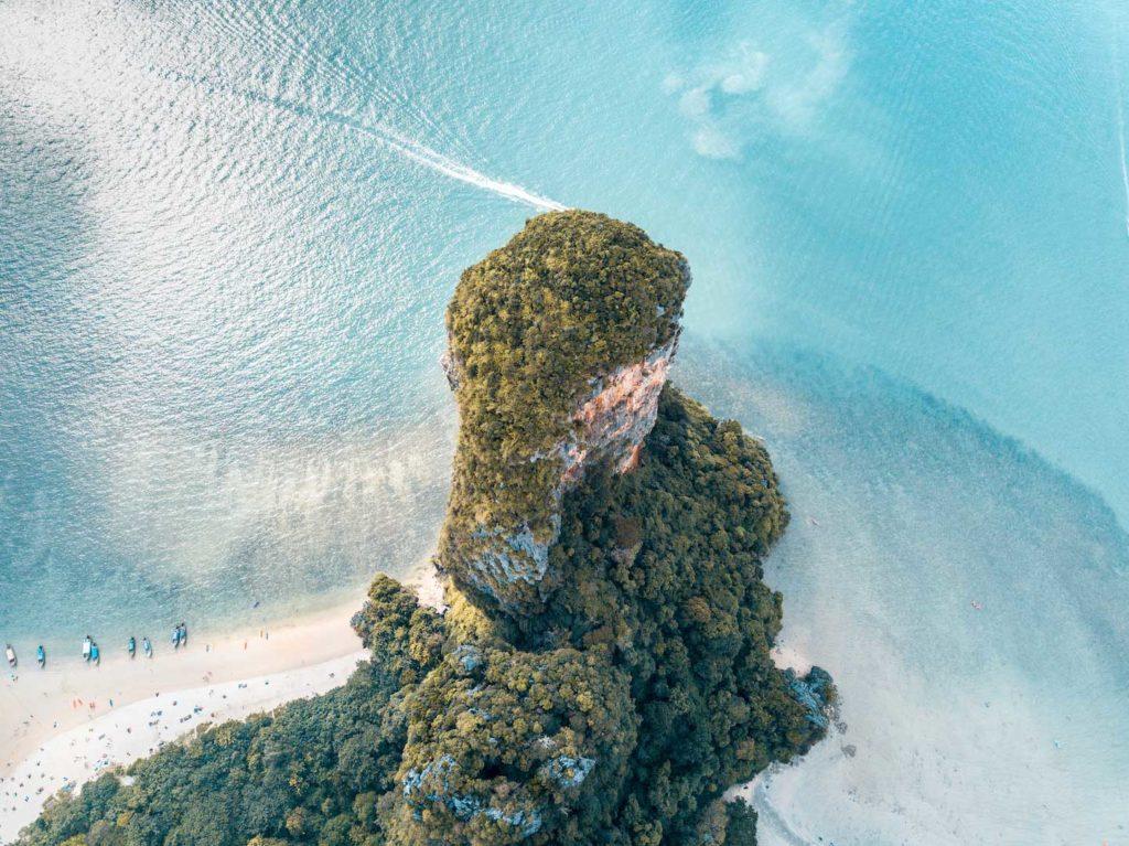 Best beaches in Krabi, #thailand#thailandbeautifulplaces#thailandb#thailandbeaches#thailandabeachesislands#thailandbeachesparadise#thailandkrabibeach#thailandkrabiaonang#thailandkrabithingstodo#krabibeach#krabibeachthailand