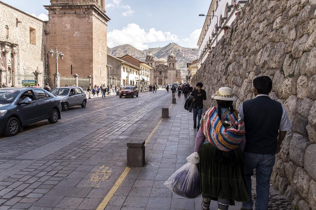 busy street in Cusco