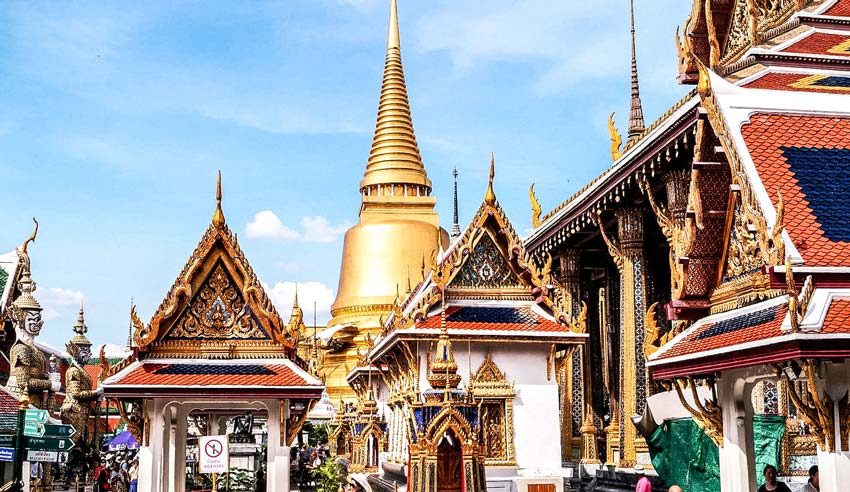 A golden stupa of the grand central palace in bangkok which is a must see on a 10 day thailand itinerary