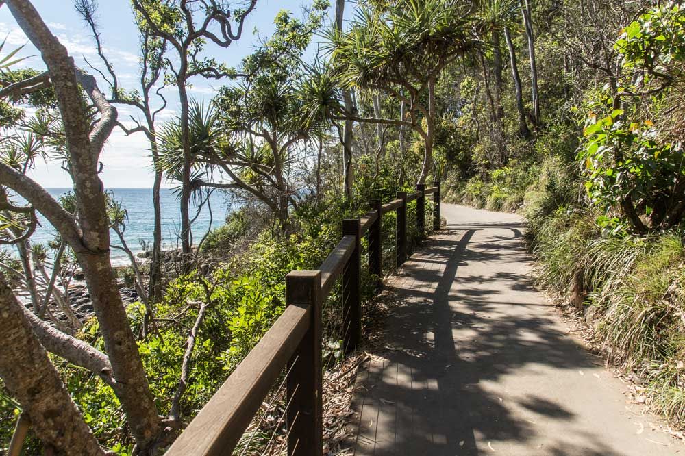 coastal path to Noosa's fairy pools